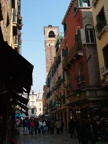 Venetian street © Henry Hyde