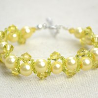 Making Yellow Beaded bracelet with Pearl Beads and Glass Beads