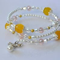 DIY Easy yet Chic Glass Beads and Pearl Beads Bracelet with Bowknot