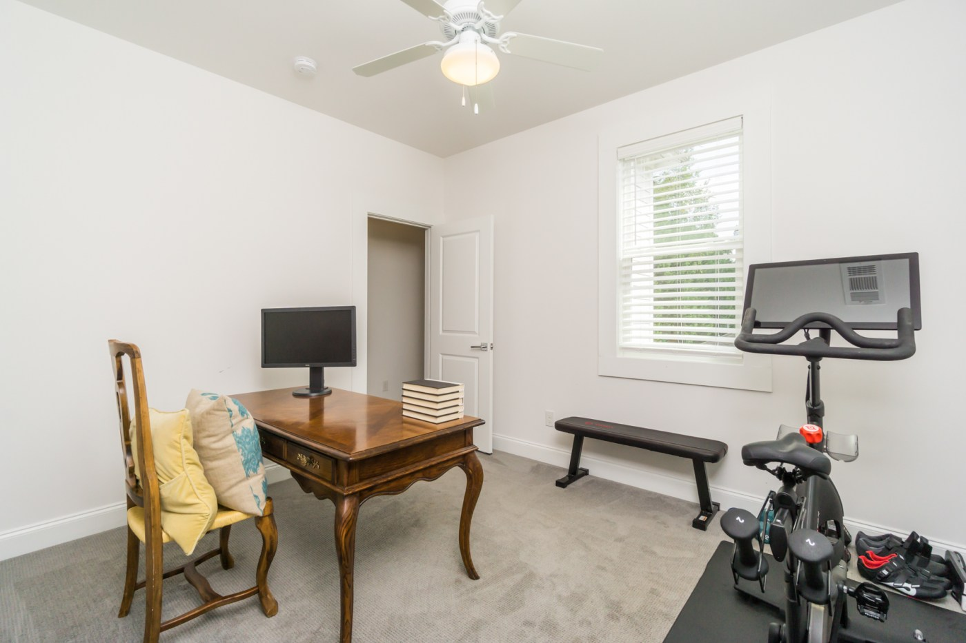 521 Angier Ave-23