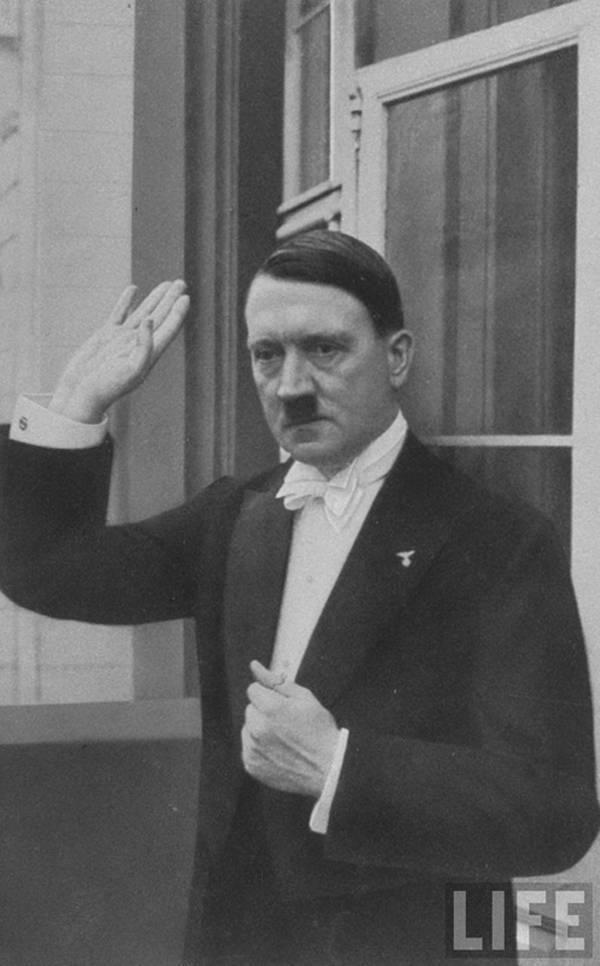 Hitler5.jpg