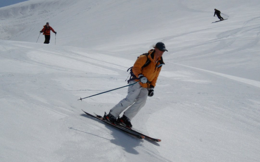 Spring skiing tips, Ski the Smooth