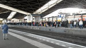 empty platform 2