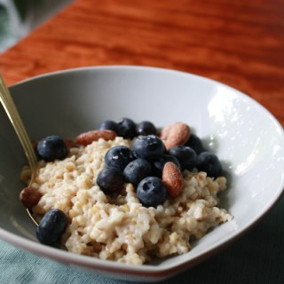 Coconut oatmeal with blueberries and almonds
