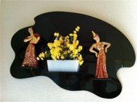 Moss Plaque -Asian style with yellow flowers.