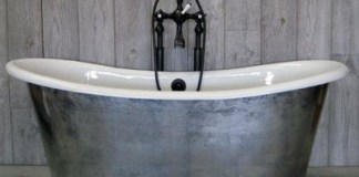metalic bathtub