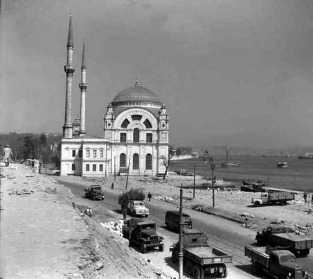 Eski Istanbul - Dolmabahce Yol Calismasi