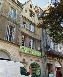 Pharmacie du marché, place Charles de Gaulle, Poitiers, Famille Citoys