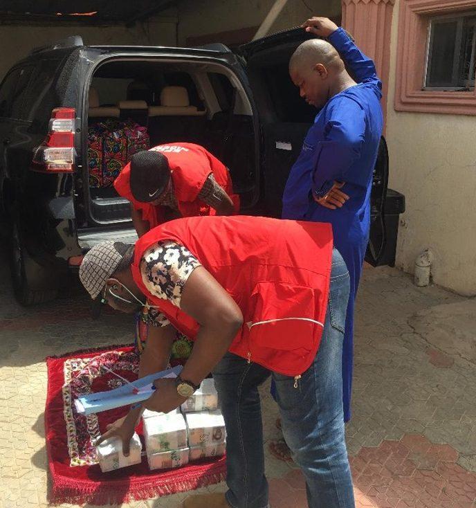 efcc Raid Zamfara Inec Office, Recovers 4 'ghana Must Bags'