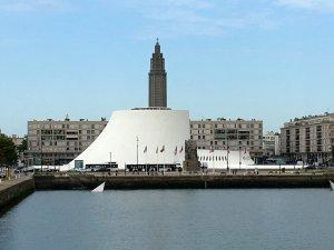 Normandie Le Havre Le Volcan und Eglise Saint-Joseph