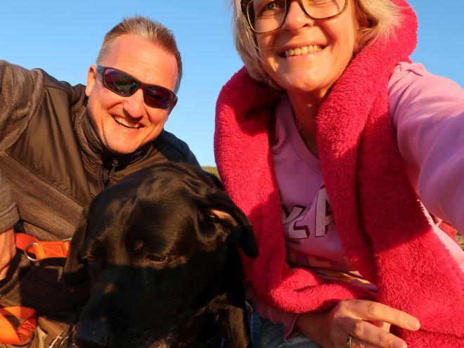 Noordpolderzyl Sven, Milla und Sylvia im Sonnenuntergang
