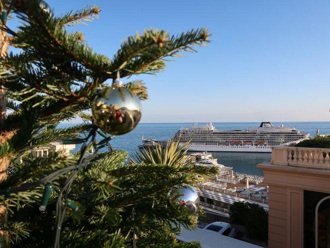 Kreuzfahrtschiff Viking Sky in Monaco