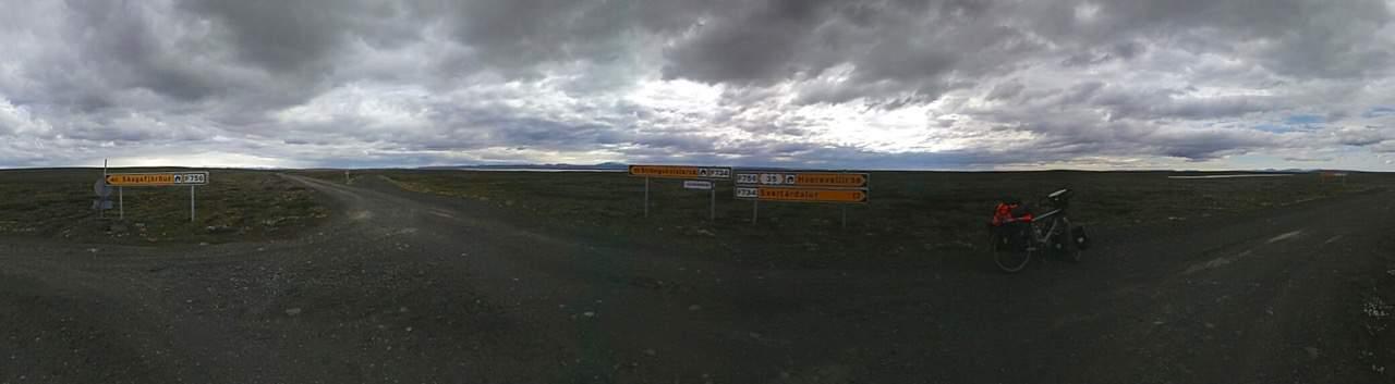 Eerste 'kruising' na bijna 50km