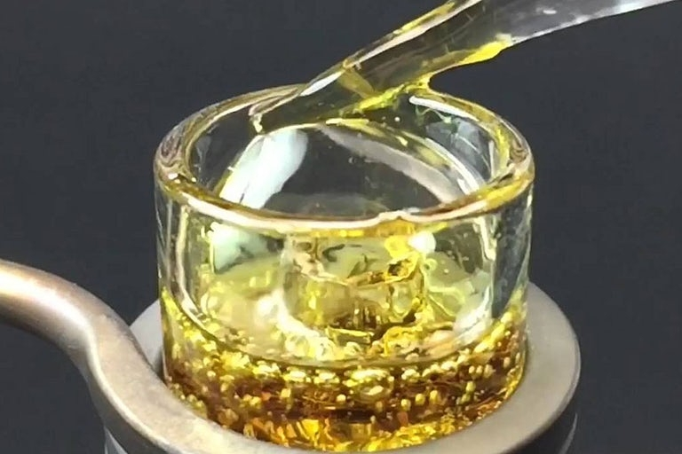 The-Strongest-Strains-on-the-Planet-clear-concentrate-dabs
