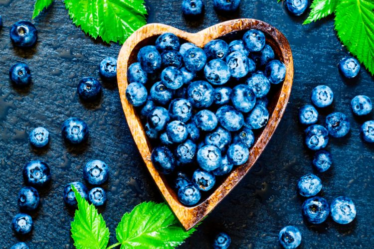 This heart heathy dessert recipe is made from hawthorn berry and blueberry, both scientifically proven to help improve your heart function. #HeartHealthyDesserts #HearthHealthyRecipes #Hawthorn #Blueberry #Herbalism #HerbalMedicine #OnlineHerbalCourse #HerbalismCourses