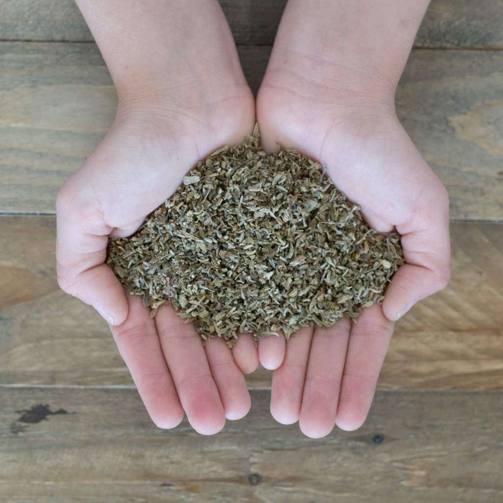 Herbal Spirits Damiana In Hand