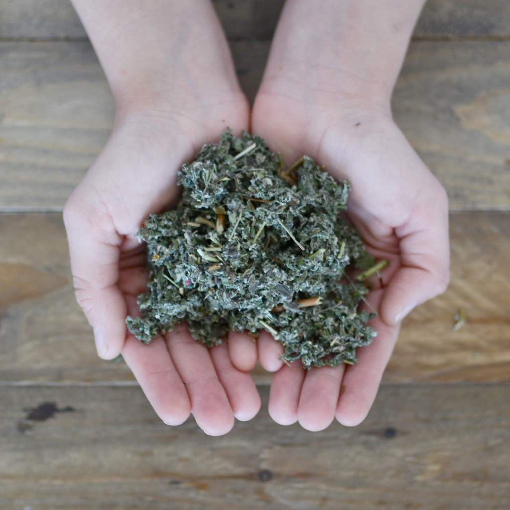 Herbal Spirits Raspberry In Hand