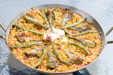 Vegetarian Paella With Artichokes And Green Beans
