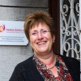 Kontakt Koordinatorin Betreuung Jutta Barthel von Herbst-Zeitlos in Wunstorf