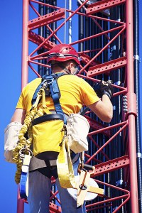 confined-space-fall-protection-equipment-safety-harness