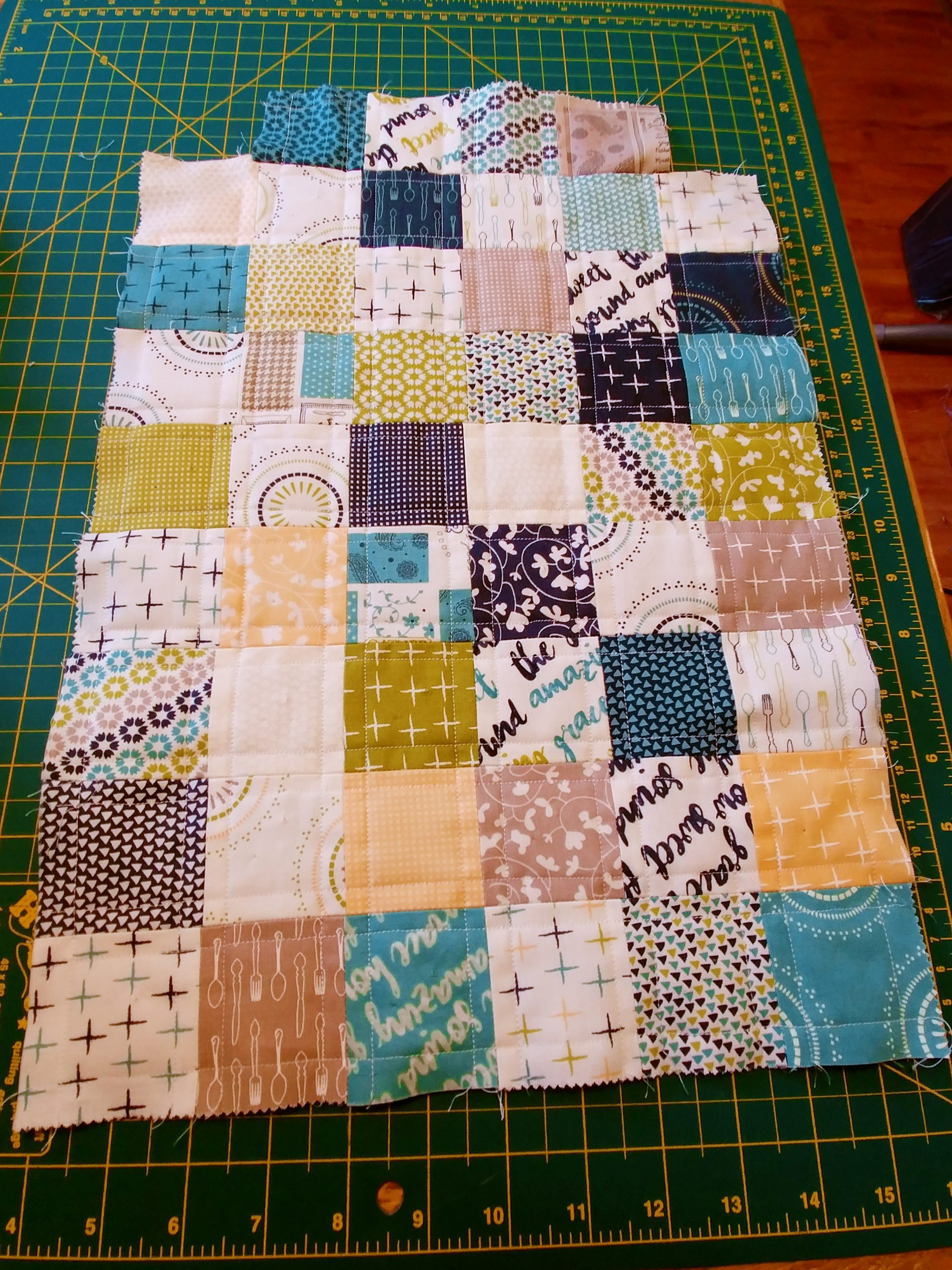 Patchwork Pouch Sunday Supper Front
