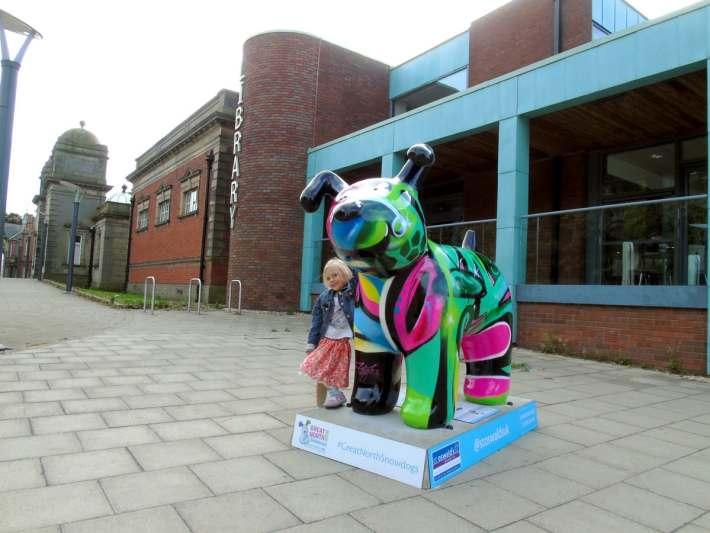 Great North Snowdogs - Graffiti Dog