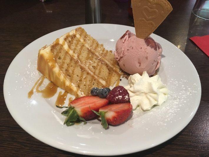 Fazals Cafe