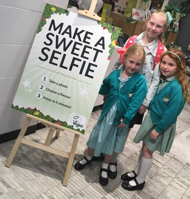 Make a sweetie selfie