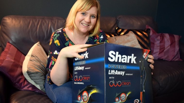 Shark Duo Clean Lift Away Vacuum Review
