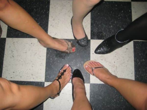 Feet in a circle on Facebook 10 tacky things to avoid posting on Facebook