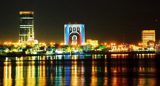doha-at-night-3.jpg