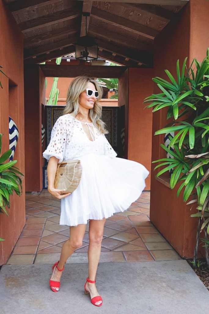 Summer White Dress With Accessories