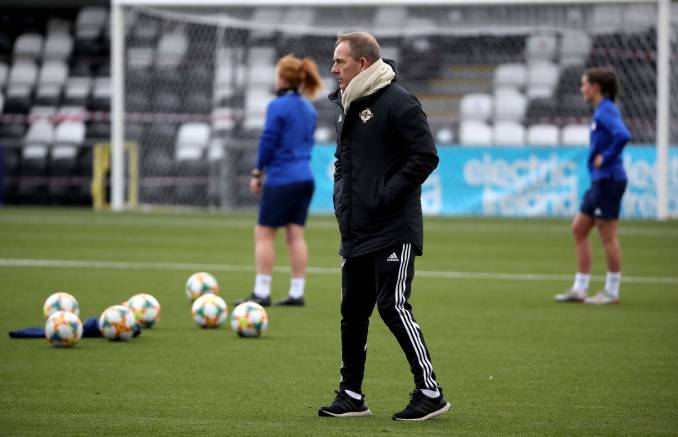 Northern Ireland Women's boss Kenny Shiels overlooks squad training.