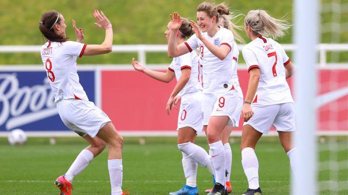 Jill-scott-ellen-white-celebrate-england-lionesses