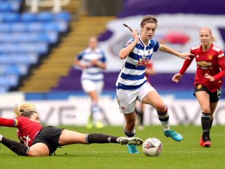 Manchester United's Amy Turner and Reading's Emma Harries.