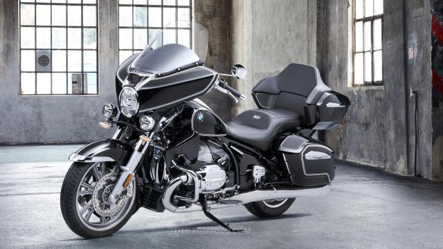 The new BMW R 18 Transcontinental.