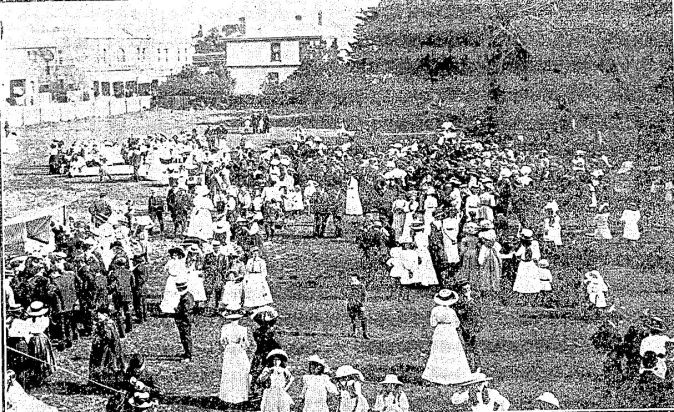1910 picnic
