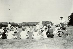 Gospel Hall Sunday School picnic at Hutt Park, 1956 (http://bit.ly/2oI9iq8)