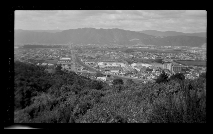 MA_I063113_TePapa_Whites-Line-from-hills_full