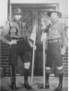 Two members of the Bristol Guild of the Poor Brave Things in 1915.