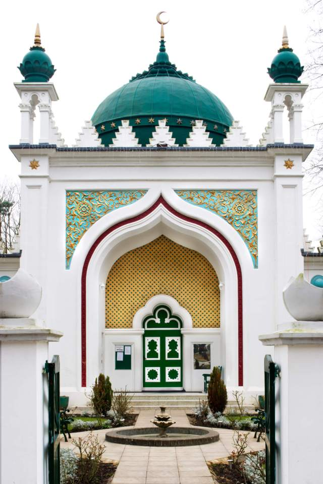 Shah Jehan Mosque, 149 Oriental Road, Woking, Surrey. General view of exterior. (C) English Heritage.