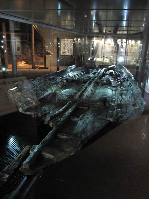Bronze_age_boat_(3752754931)