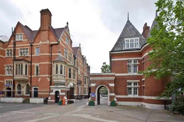 university-of-londondp093389