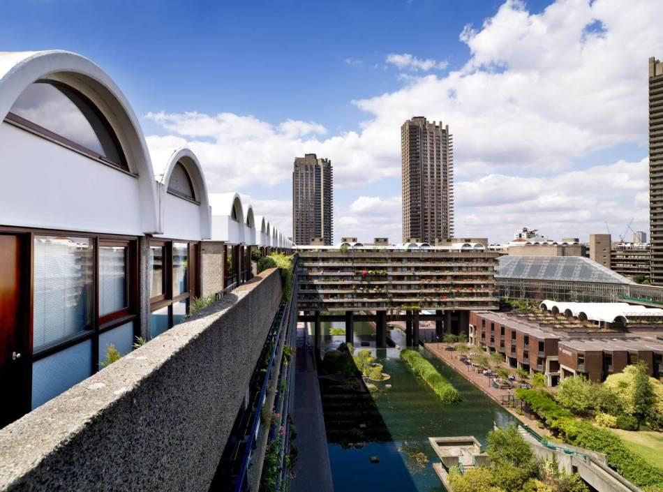 Post War BuildingsThe Barbican, City of London. General view of exterior.