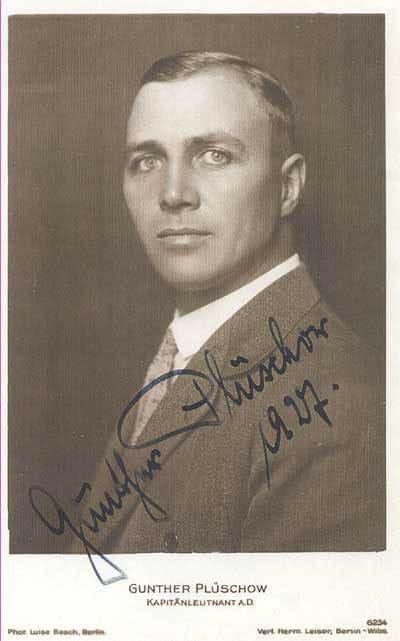 A potrait image of Gunther Pluschow. © Public Domain.