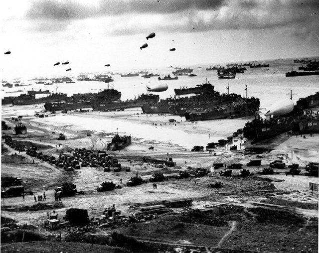 BLOG landing supplies omaha beach public domain