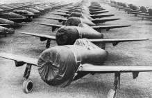 Thunderbolt aircraft lined up in storage © IWM NYT20041
