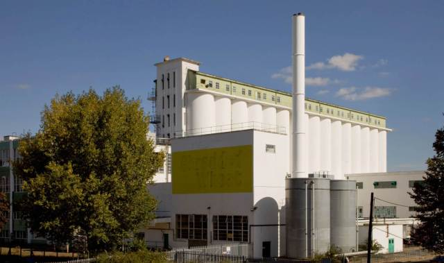 Shredded Wheat factory with its 15 enormous grain silos