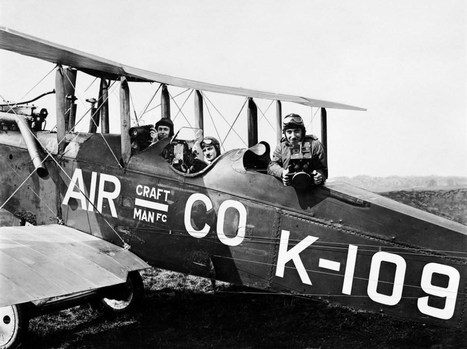 Three men in the De Havilland DH.9B K-109.