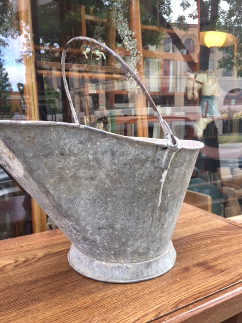 Galvanized Ash Bucket